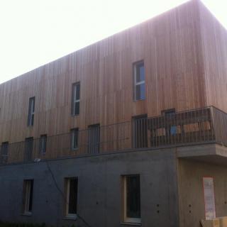 Réalisation construire bois Bardage Mélèze - Ile de France
